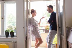 """Finanse w związku. """"Mąż nie wchodzi mi do kieszeni"""" kontra """"informujemy się o każdym wydatku"""""""
