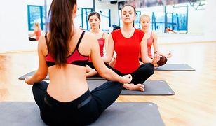 Hatha-joga - na czym polega i jakie niesie korzyści?