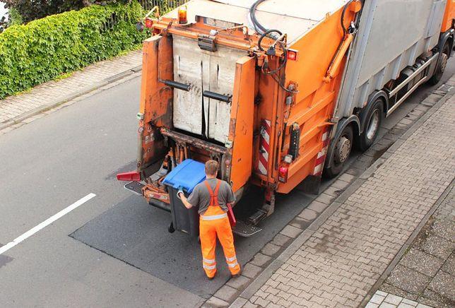 Warszawa. Nieporządki ze śmieciami. Sprawa opłat trafia do sądu