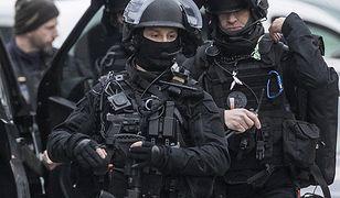 Francja. Zakładnicy uwięzieni w sklepie pod Tuluzą