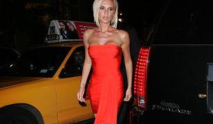 Victoria Beckham: obcisłe sukienki i szpilki miały przykryć brak pewności siebie