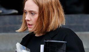 """Adele wspiera rodziny ofiar i ocalałych z pożaru Grenfell Tower. """"Potrzebujemy siebie, by przetrwać"""""""
