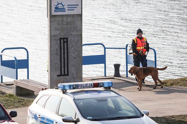 Nowy trop w sprawie zaginionego Piotra Kijanki. Policja wykorzysta psy tropiące