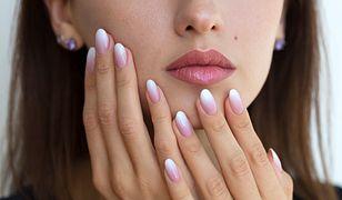 Manicure termiczny – idealny na lato