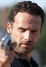 """""""The Walking Dead"""": Andrew Lincoln znów ucieka przed zombie"""