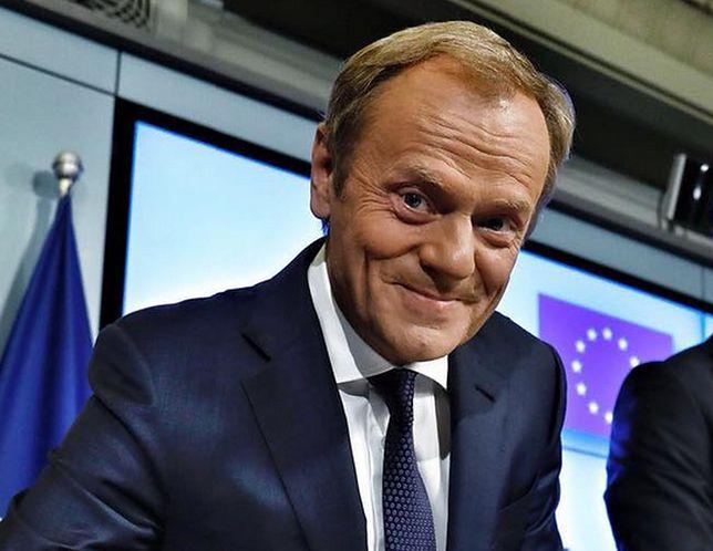 Donald Tusk pogratulował Oldze Tokarczuk i wbił szpilę ministrowi kultury