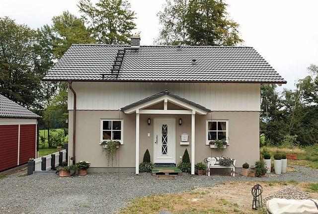 Uroczy mały dom