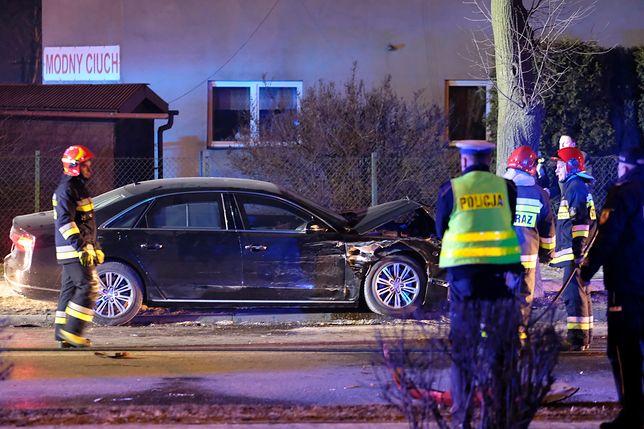Rządowo kolumna nie przestrzegała przepisów bezpieczeństwa, kiedy doszło do wypadku z udziałem premier Beatą Szydło