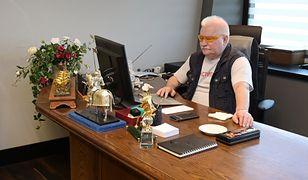 """Lech Wałęsa z wpadką na Facebooku. """"Jakie standardy? To jest cenzura"""""""