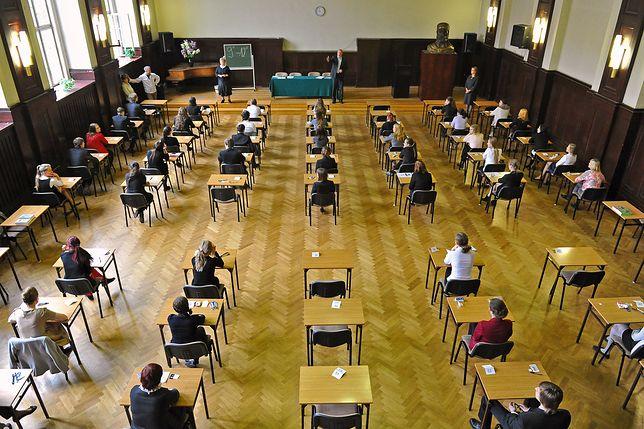Koszalin: przez błąd szkoły nie mogli przystąpić do matury