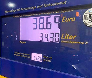 Pan Sebastian był zaskoczony cenami paliwa w Austrii.