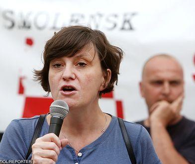 Ewa Stankiewicz podczas demonstracji Solidarni 2010 w Warszawie