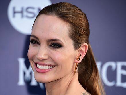 Angelina Jolie rzuca aktorstwo
