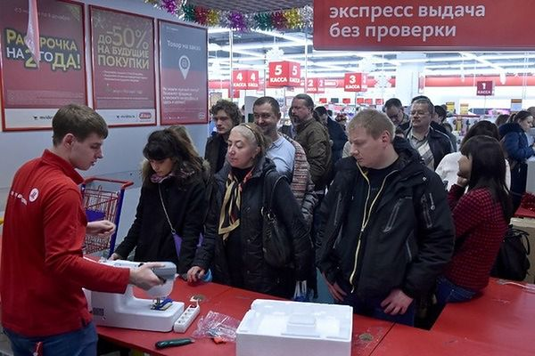 Rosyjski minister: ludzie dziękują za sankcje