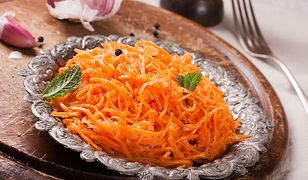 Surówka z marchewki i kolendry