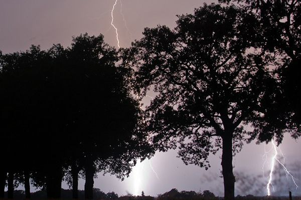 Gwałtowne burze przeszły nad Hesją i Dolną Saksonią