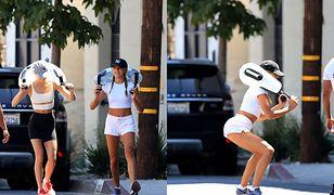 Piękne córki Sylvestra Stallone'a trenują na ulicy