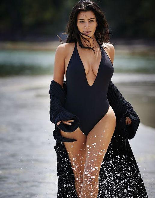 """Zachwycająca Kim Kardashian w kostiumie kąpielowym w """"Editorialist"""""""