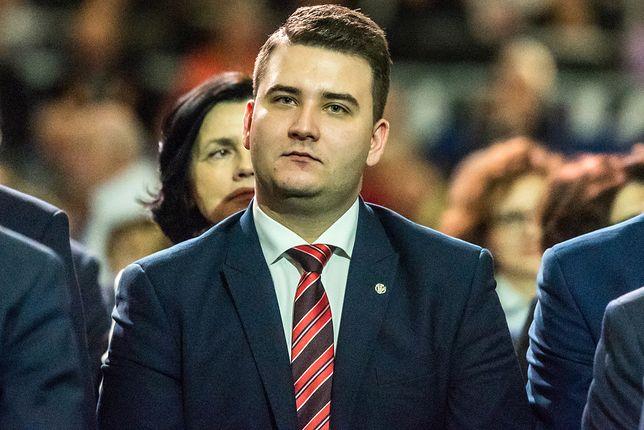 Bartłomiej Misiewicz nie czekał na komisję. Podjął decyzję o przyszłości w PiS
