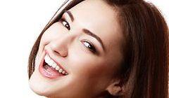 Wybielanie zębów w salonie kosmetycznym