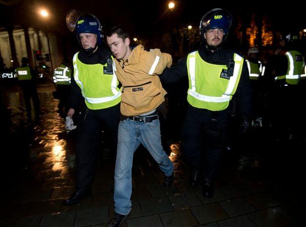 Protestujący starli się z policją przed pałacem Buckingham
