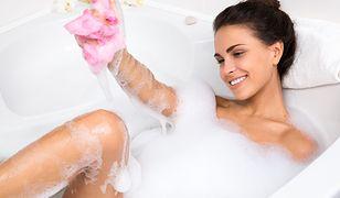 Według badań gorąca kąpiel to coś więcej, niż sposób na odprężenie po stresującym dniu.