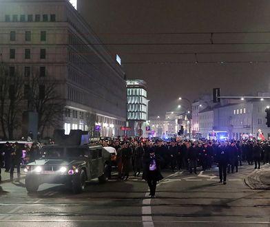Trwają uroczystości pogrzebowe Jana Olszewskiego. Piękny gest Brukseli