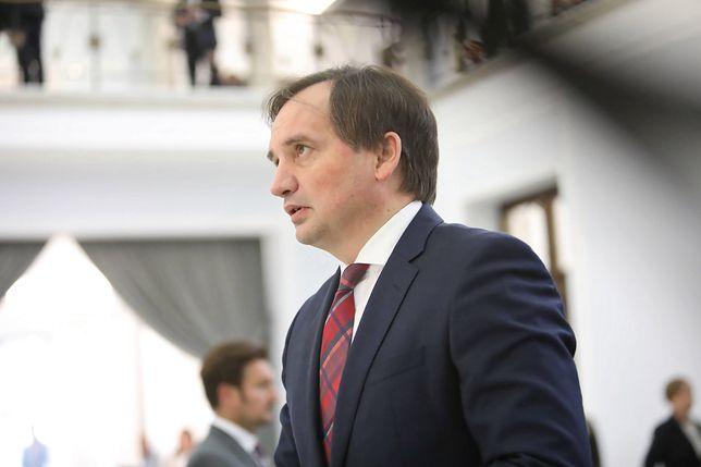 Miał oferować 100 tys. zł za zabójstwo Zbigniewa Ziobry. Znaleziono u niego arsenał
