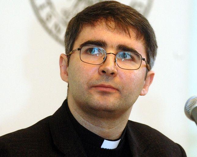 Jezuita: księża muszą sobie uświadomić, że są w Kościele na równych prawach z wiernymi