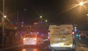 Akcja policjantów na wiadukcie mostu Gdańskiego. Ogromne utrudnienia