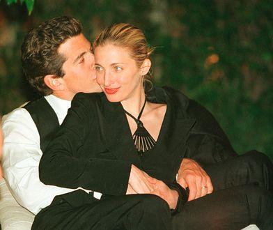 John Kennedy Jr. z żoną Carolyn