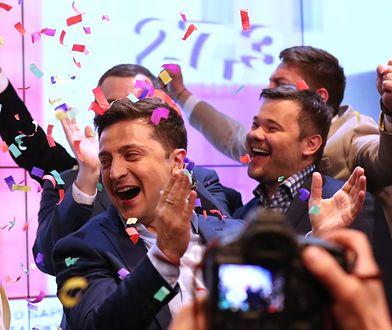 Wołodymyr Zełenski świętuje zwycięstwo w wyborach prezydenckich na Ukrainie
