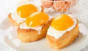 Pomysłowe ciasta i desery jak jajko sadzone