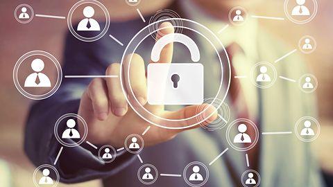 XKEYSCORE – narzędzie jak z filmów o hakerach. Nowe dane o systemie internetowej inwigilacji z USA