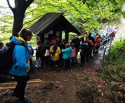 Tłumy w górach. Kilkugodzinne kolejki, by wejść na szczyt