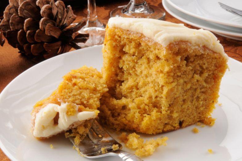 Przepis na ciasto z dyni. Lekki i słodki deser, wprost idealny na jesień