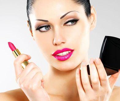 Korekcyjny makijaż ust – triki wizażystek