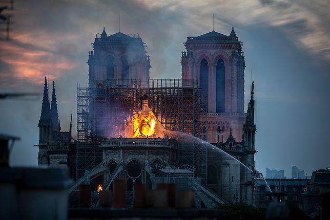 Katedra spłonęła 15 kwietnia
