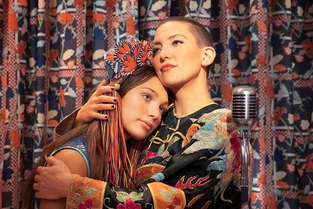 """Sia debiutuje jako reżyserka filmem """"MUSIC"""" z Kate Hudson i Maddie Ziegler.  Data premiery i zwiastun."""