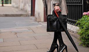 Elegancka torba na laptopa ze skóry jest idealnym dodatkiem do profesjonalnego stroju
