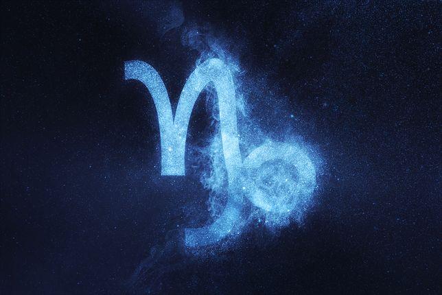 Koziorożec. Horoskop zodiakalny na poniedziałek, 2 września. Sprawdź, czy w miłości, biznesie i zdrowiu dopisze ci szczęście