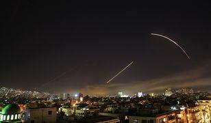 Niebo nad Damaszkiem podczas amerykańskiego ataku