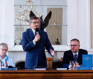 """Marszałek Sejmu Marek Kuchciński przedstawił """"Ankietę Konstytucyjną 2017"""""""
