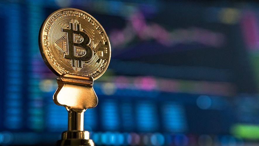 Bitcoin. UOKiK bada kontrowersyjny projekt dwójki Polaków
