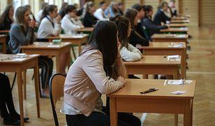 Egzamin ósmoklasisty 2019: Matematyka, język polski, język obcy. Znamy dokładny harmonogram i terminy ogłoszenia wyników