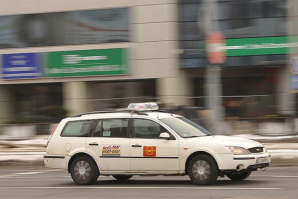 Taksówkarze mają konkurencję, która budzi kontrowersje