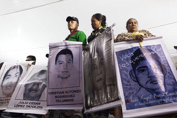 Bliscy zaginionych podczas protestu w stolicy
