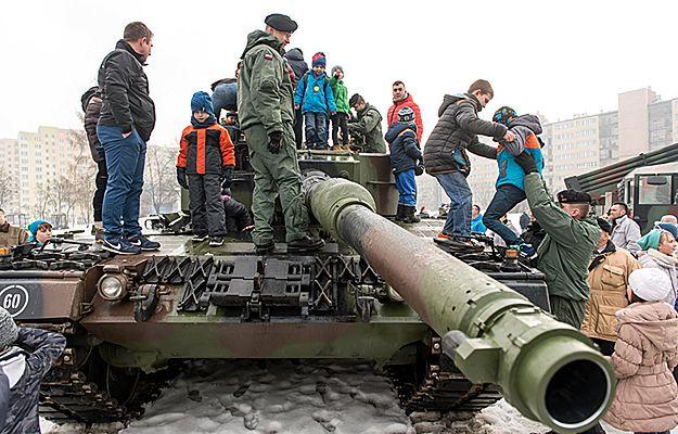 Dolnośląskie: Powitanie amerykańskich żołnierzy w Bolesławcu