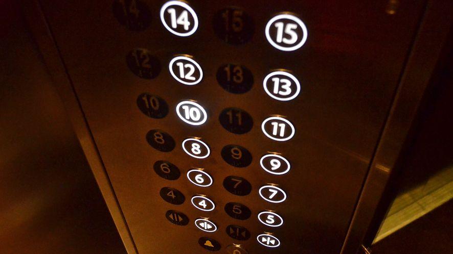 Cyberatak może cię zamknąć w windzie. Poważne luki w systemie VxWorks