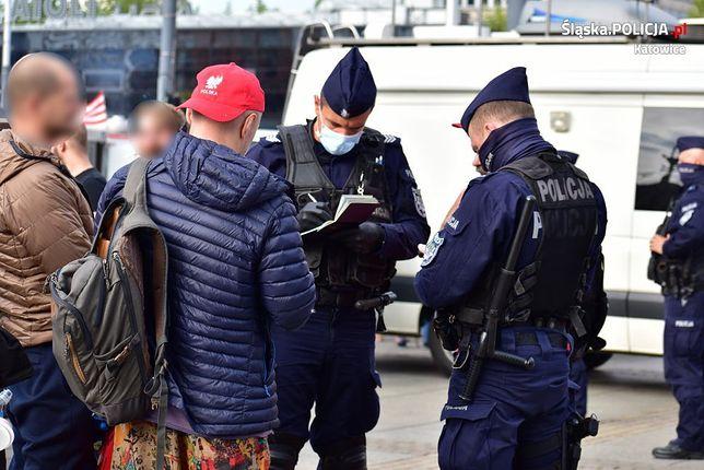 Koroawirus. Polska. Mandaty za brak maseczki. Policja bezwzględna (Fot.: policja.gov.pl)